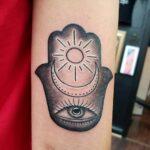 tattoo mano de fátima