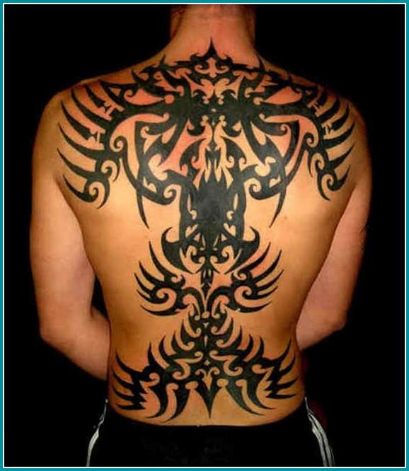 imagenes de tatuajes tribales en la espalda para hombres
