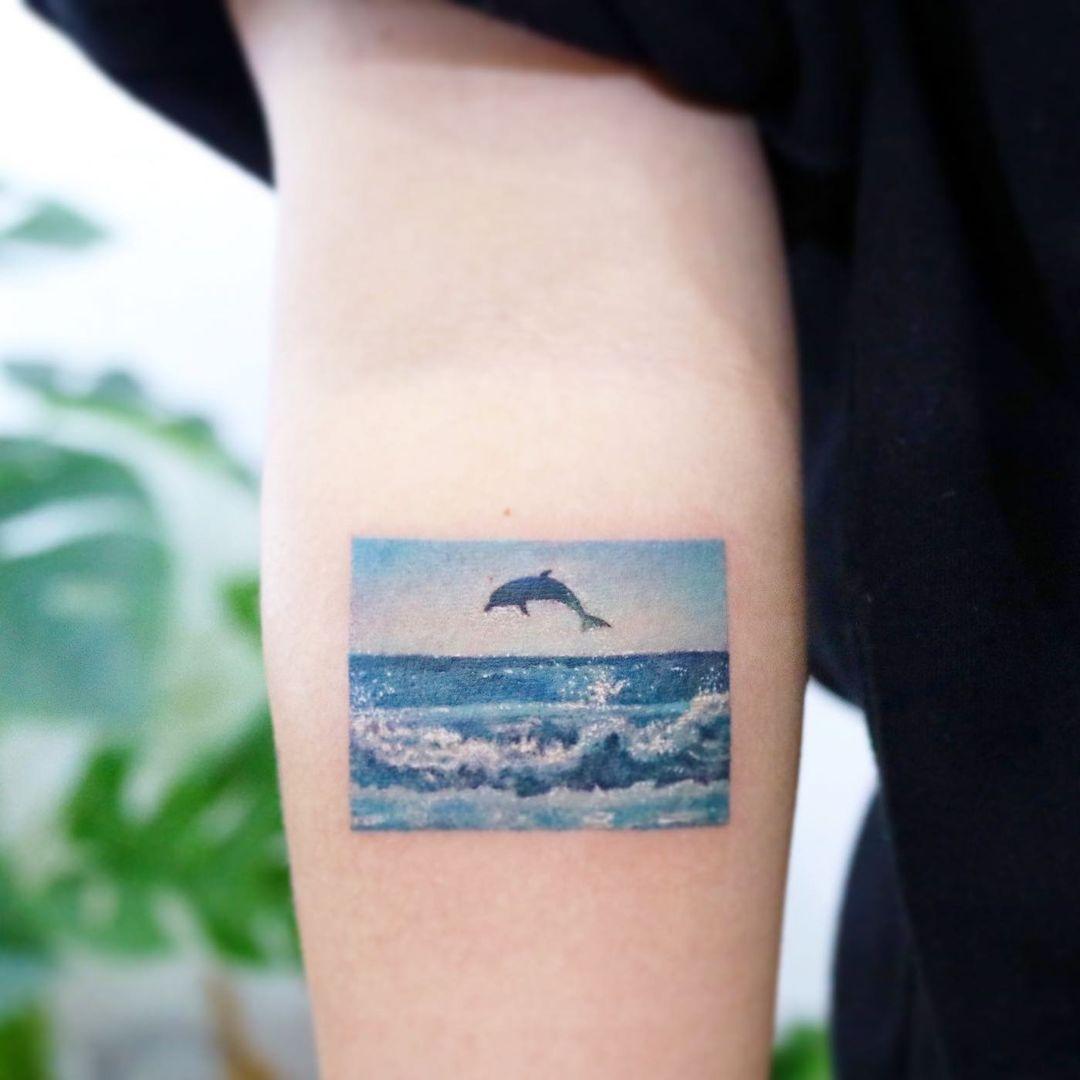 tatuaje delfín