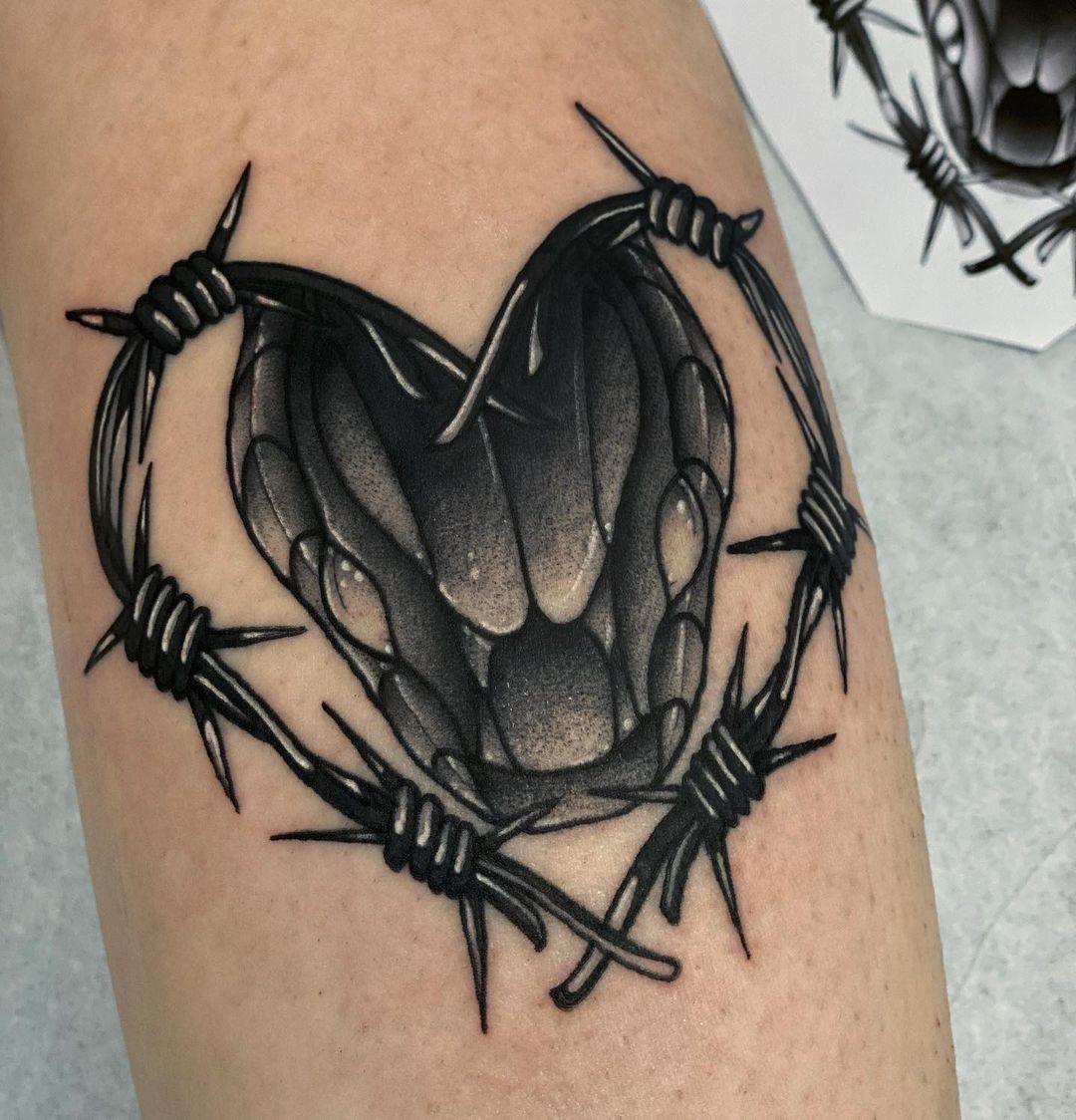tattoo oscuro